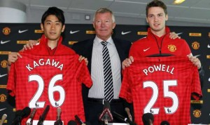 The summer captures of central attacking midfielder, Shinji Kagawa and Nick Powell, makes a midfield diamond an attractive option.